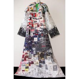 Leichenkleid, erstellt von Cäcilia Gabriel